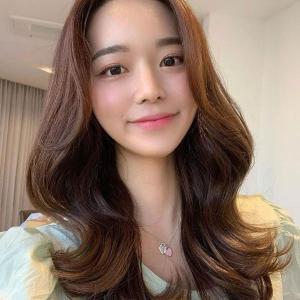 韩式烫卷发图片超级减龄显脸小的韩式烫卷发