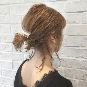 2021年慵懒韩式低马尾发型图片