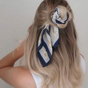 女生欧美丝巾绑发法 唯美浪漫的丝巾扎发发型